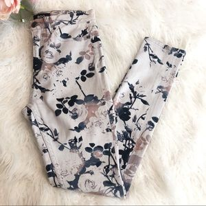 BDG {UO} Floral Grey High-Rise Twig Ankle Jeans 26